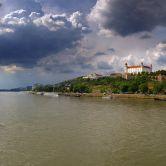 Bratislavský hrad z Mosta SNP